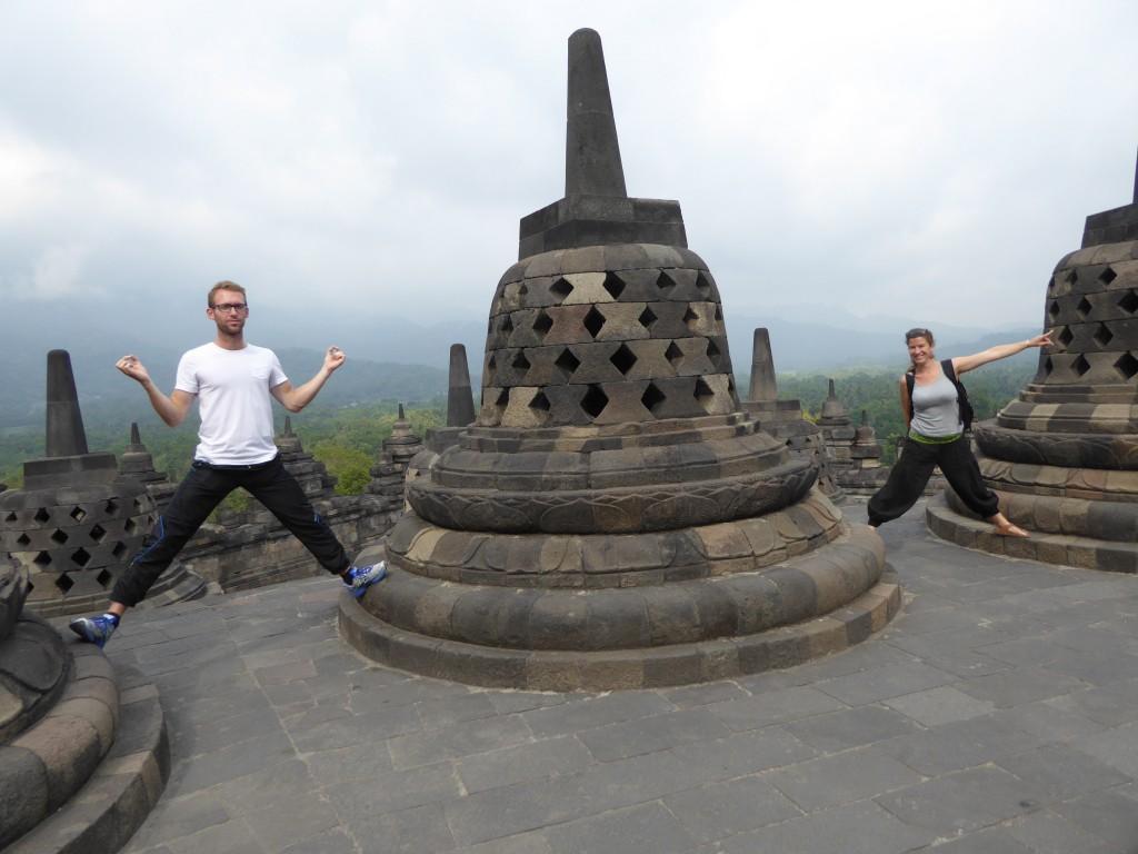 Borobudur_stupas